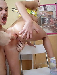 Juicy blonde enjoys stuffing her holes with various things